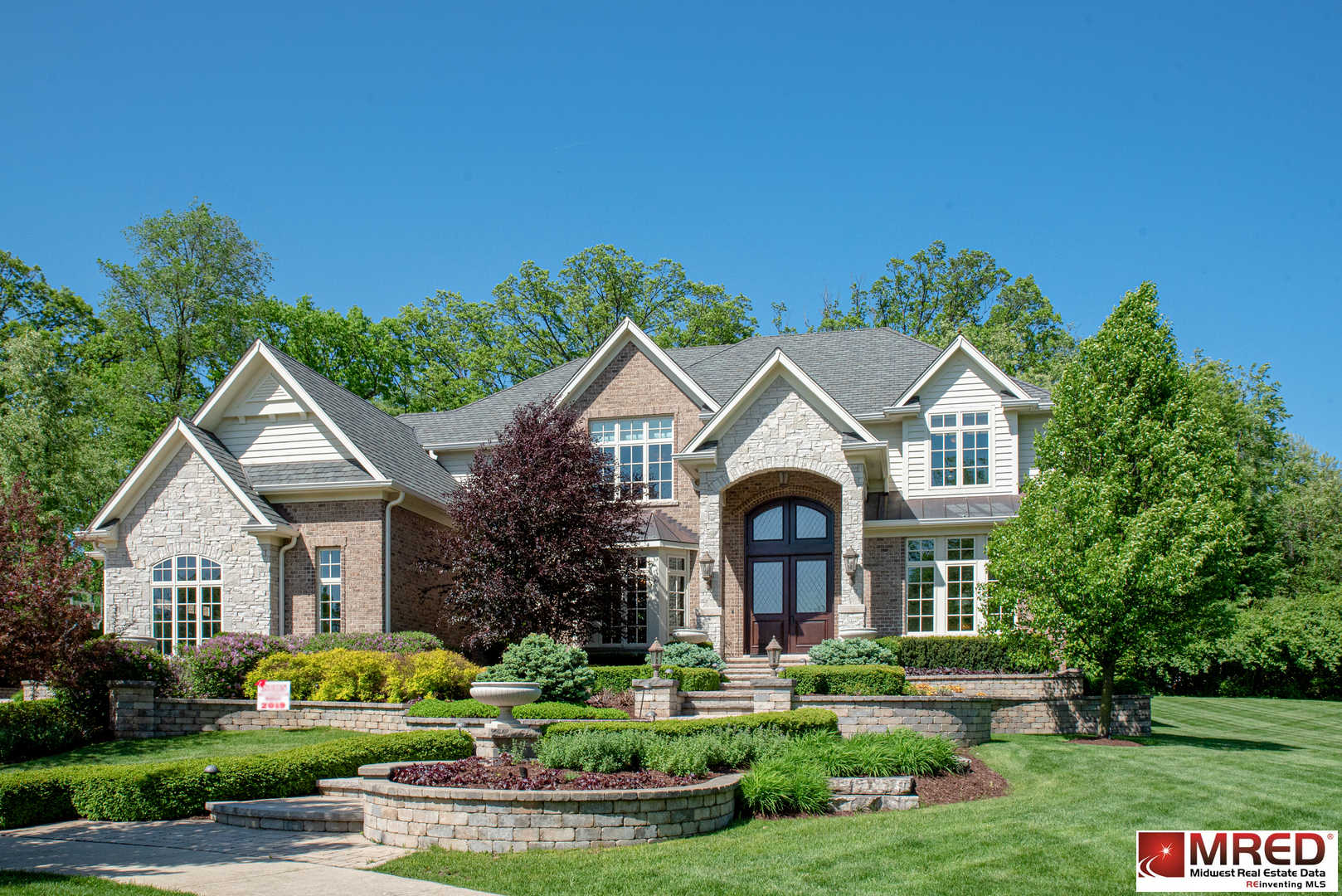 1047 Caroline Court, Naperville, IL 60565 now has a new price of $1,199,000!