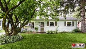 242 North Pershing Avenue, Mundelein, IL 60060