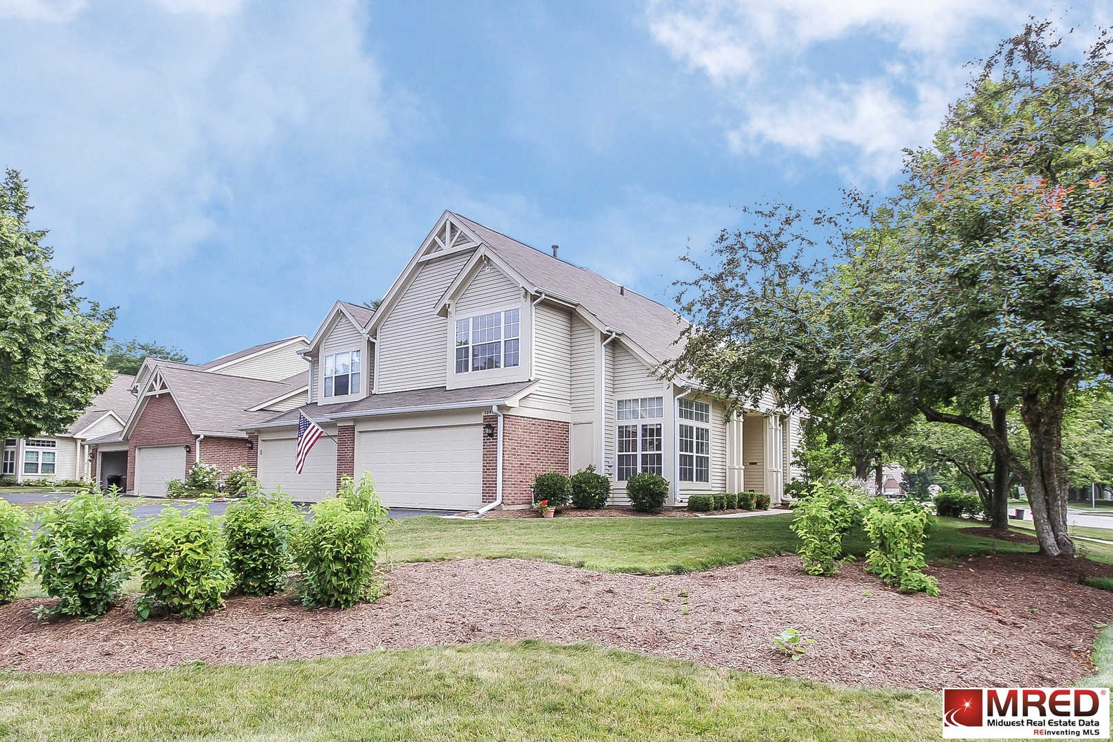 30W026 Redwood Court, Warrenville, IL 60555 now has a new price of $230,000!