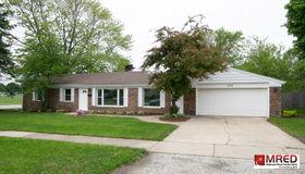 400 North Ridgemoor Avenue, Mundelein, IL 60060