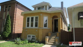 4613 North Kedvale Avenue, Chicago, IL 60630