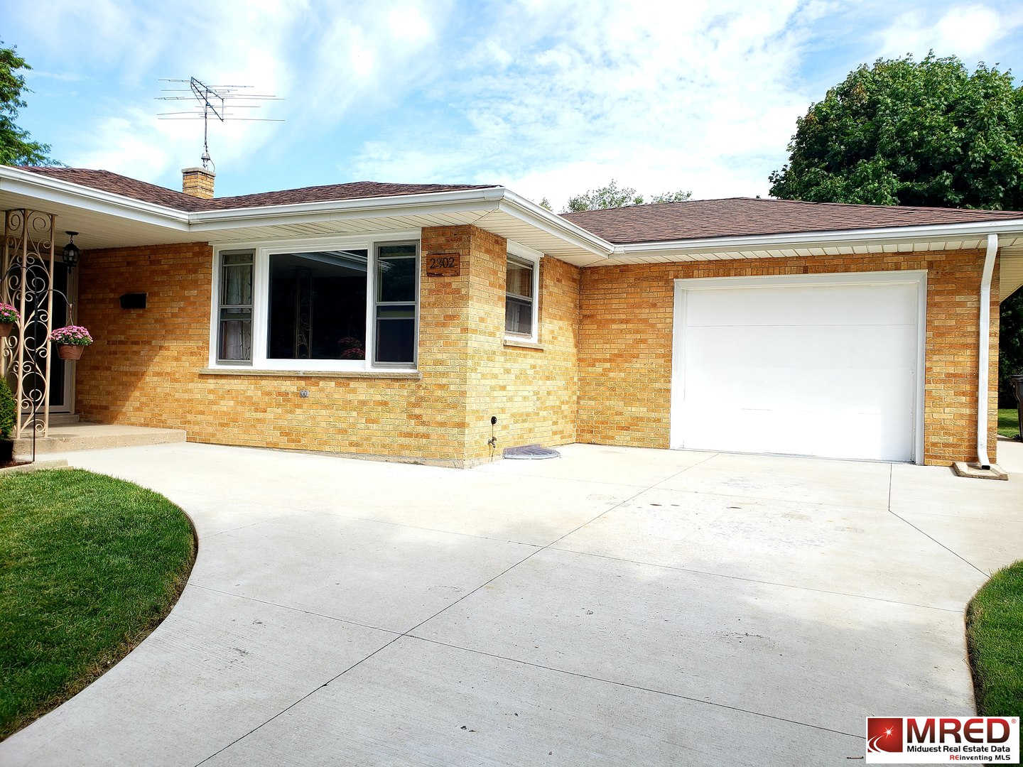 2302 9th Parkway, Waukegan, IL 60085 is now new to the market!
