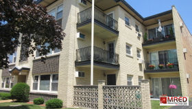 3035 Paris Avenue #207, River Grove, IL 60171