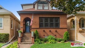 6220 West Holbrook Street, Chicago, IL 60646