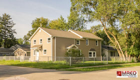21 East Willow Drive, Round Lake Park, IL 60073