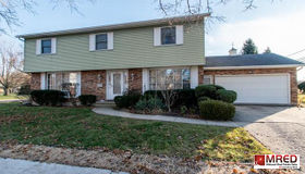 819 Sunset Terrace, Waukegan, IL 60087