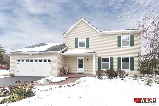 6081 Angel Lane, Lisle, IL 60532 now has a new price of $394,000!