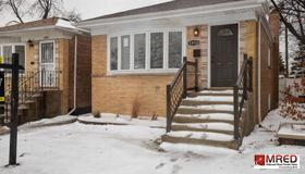5950 South Normandy Avenue, Chicago, IL 60638
