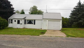 320 W Main Street, North Adams, MI 49262