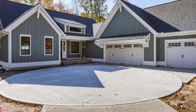 4100 Legend Woods Lane, Grand Rapids, MI 49525