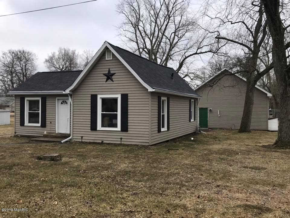 Another Property Sold - 97 Glendale Avenue, Hillsdale, MI 49242