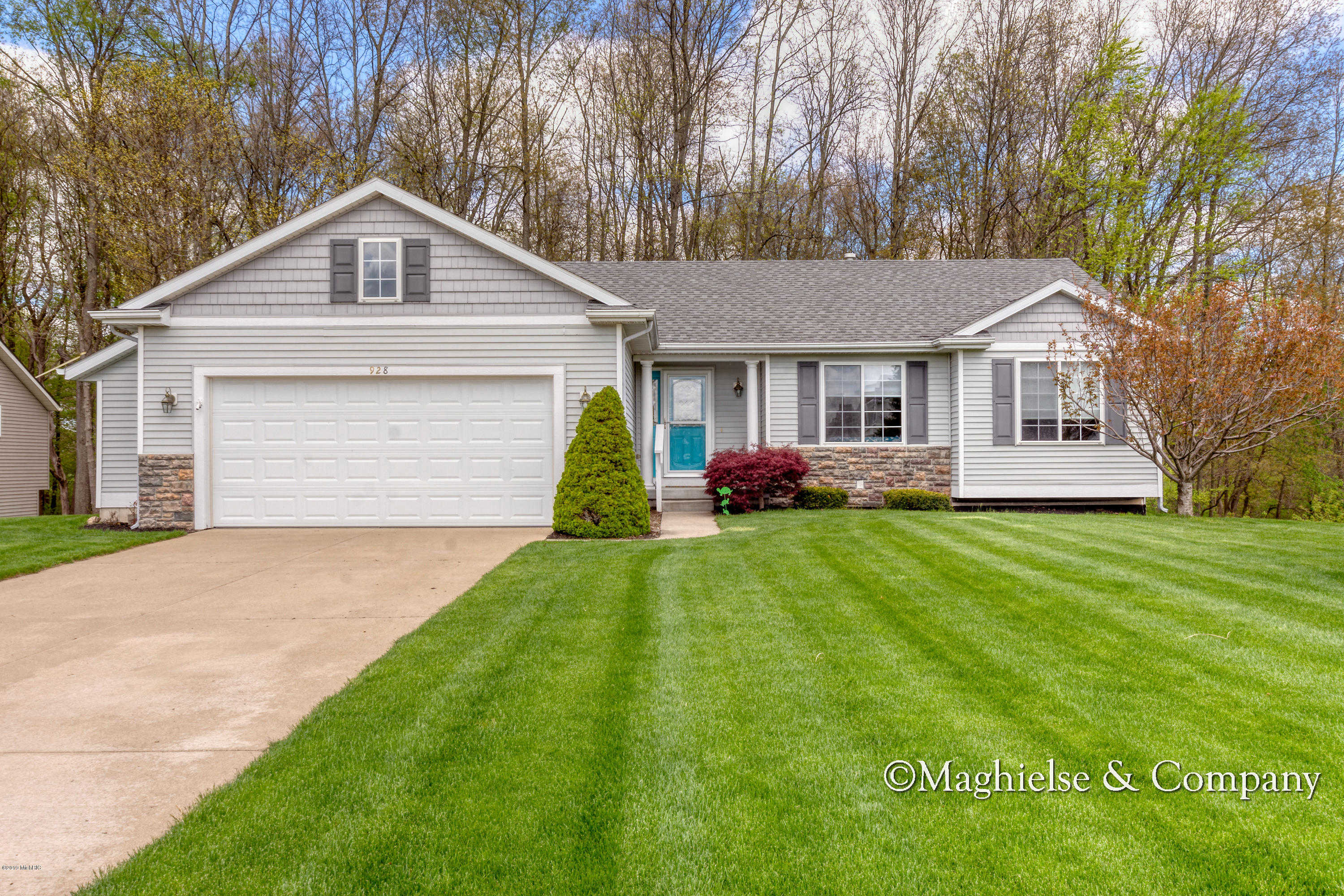 928 Oak Brook Court, Middleville, MI 49333 now has a new price of $219,900!