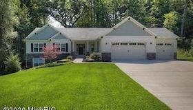 4430 Oak River Drive NE, Grand Rapids, MI 49525
