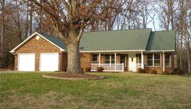 251 Heritage Manor Circle, Lexington, NC 27295