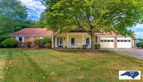 1516 Old Coach Road, Kernersville, NC 27284