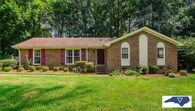 3504 Regents Park Lane, Greensboro, NC 27455