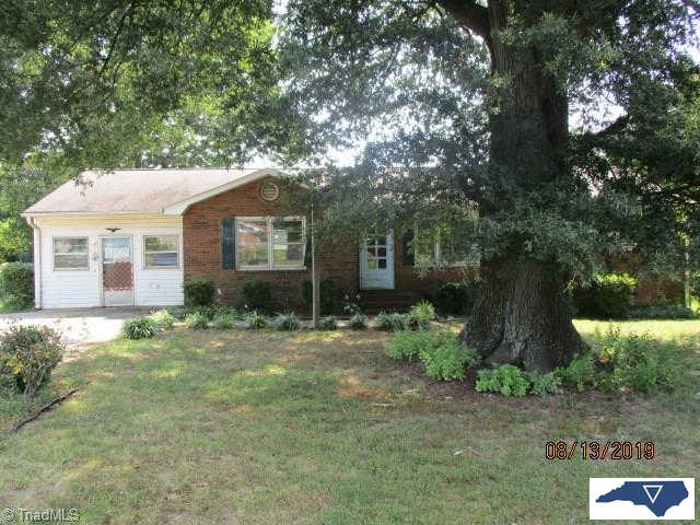 Another Property Sold - 300 Confederate Street, Lexington, NC 27295