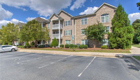 7102 W Friendly Avenue #310, Greensboro, NC 27410