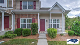 655 Grasswren Way, Greensboro, NC 27409