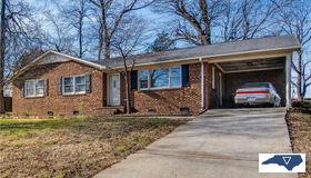 3514 Ravendale Drive, Greensboro, NC 27406