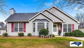 624 Foxridge Road, Greensboro, NC 27406