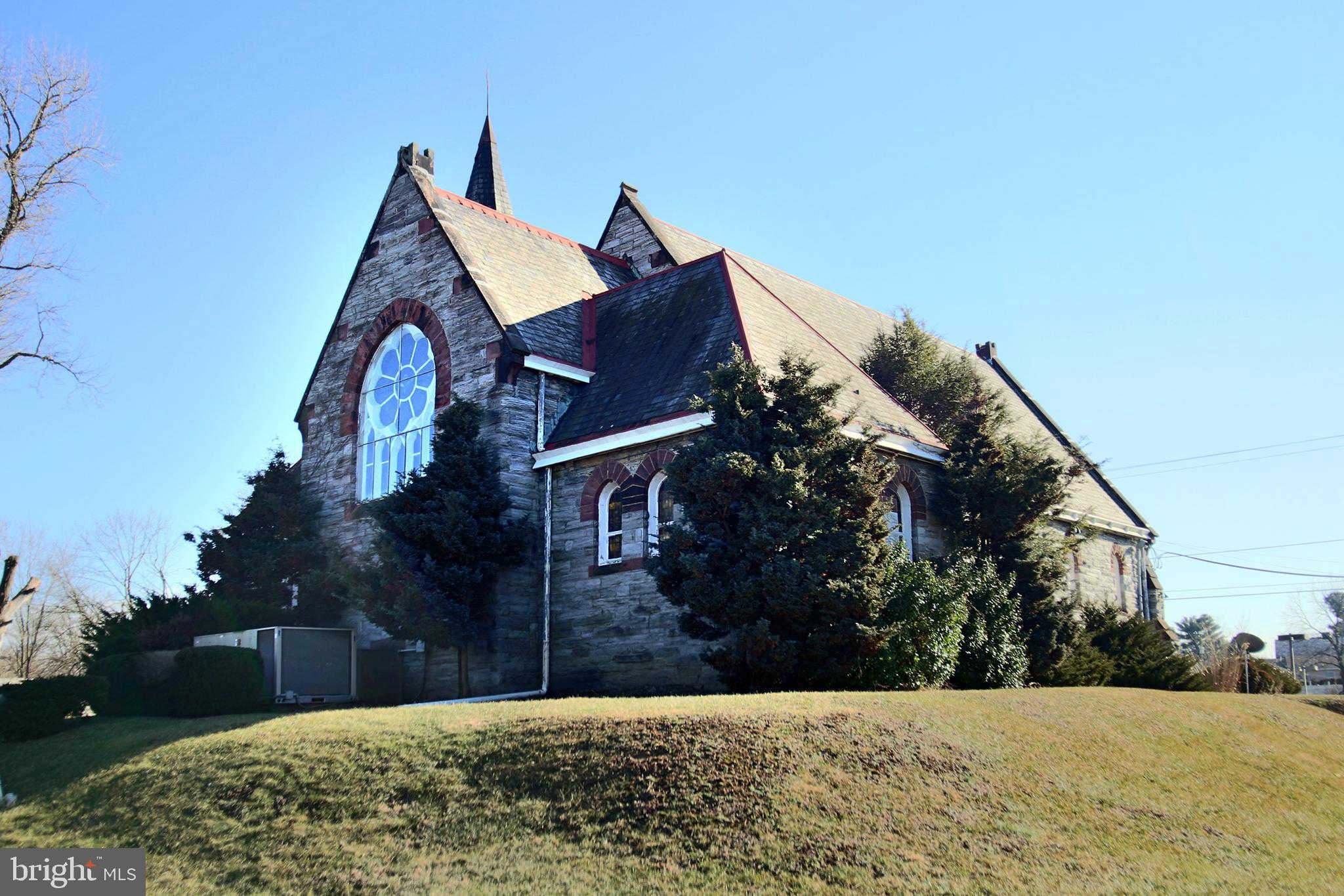 1901 W Cumberland Street, Lebanon, PA 17042 now has a new price of $465,000!