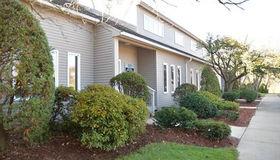 321 Boston Post Road #2nd flr, Sudbury, MA 01776