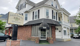 590 Westford  St #front, Lowell, MA 01851
