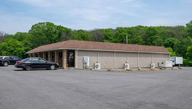 82 Wheelock Ave, Millbury, MA 01527