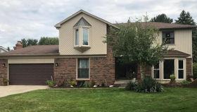 612 Plum Ridge Drive, Rochester Hills, MI 48309
