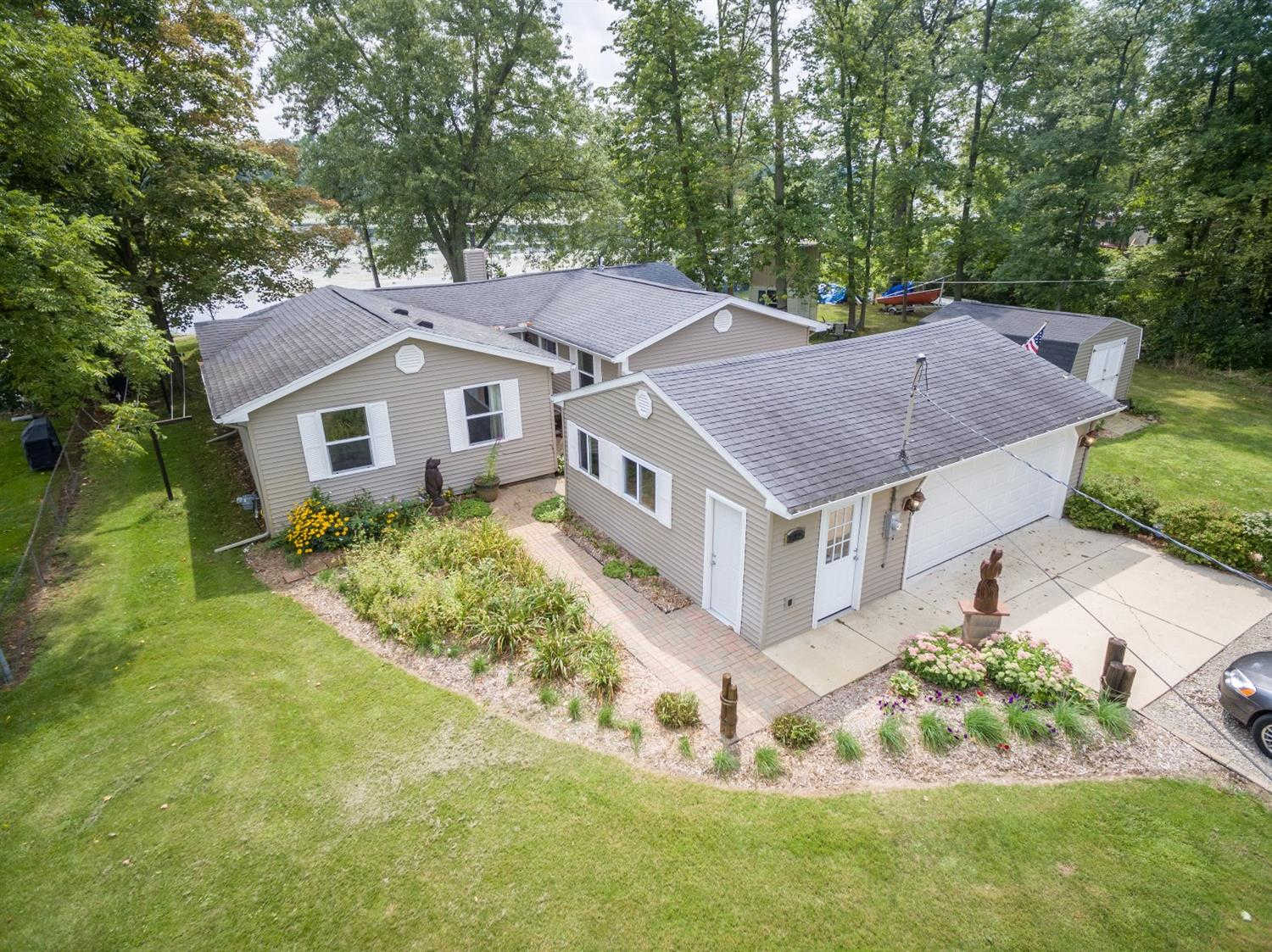 Another Property Sold - 585 Norvell Beach Drive, Brooklyn, MI 49230