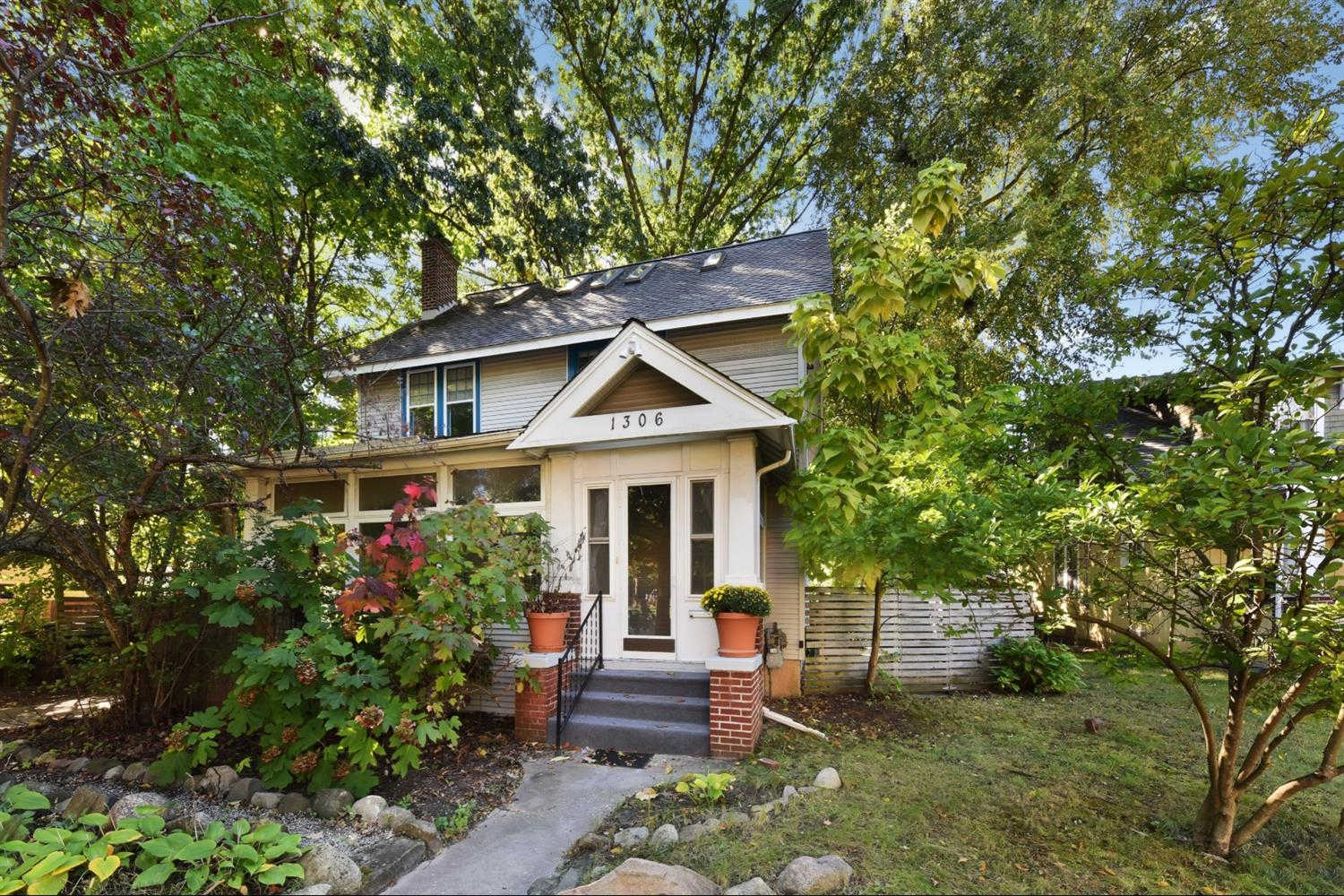 Another Property Sold - 1306 Packard, Ann Arbor, MI 48104