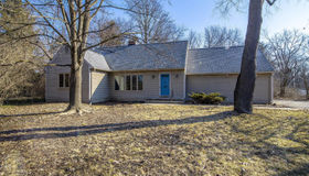 1906 Long Shore Drive, Ann Arbor, MI 48105