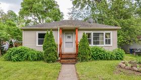 814 Barton Drive, Ann Arbor, MI 48105