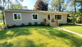 10824 Spencer Rd, Brighton, MI 48114