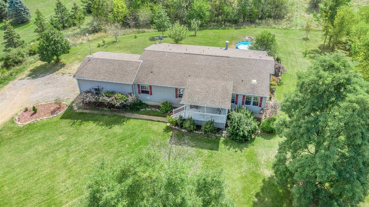 17087 Mahrle Rd, Manchester, MI 48158 is now new to the market!