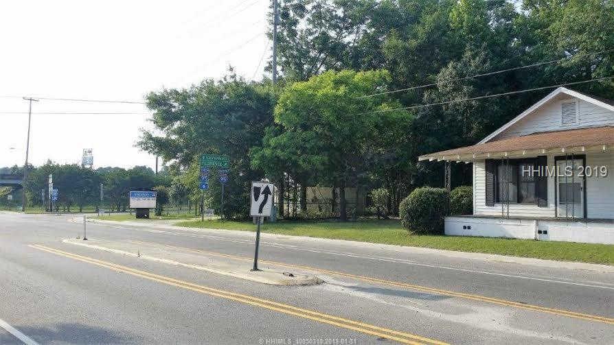 8467 Main Street E, Ridgeland, SC 29936 now has a new price of $175,000!