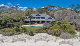 43 S Beach Lagoon Drive, Hilton Head Island, SC 29928