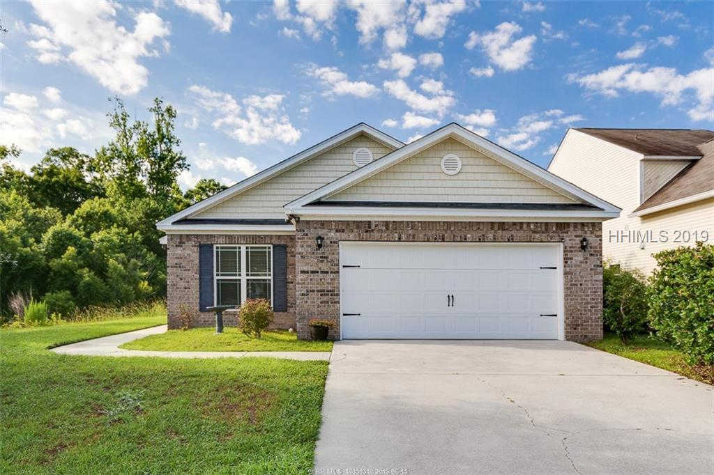 18 E Park Loop, Bluffton, SC 29910 is now new to the market!