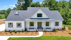 83 Plantation House Drive, Bluffton, SC 29910