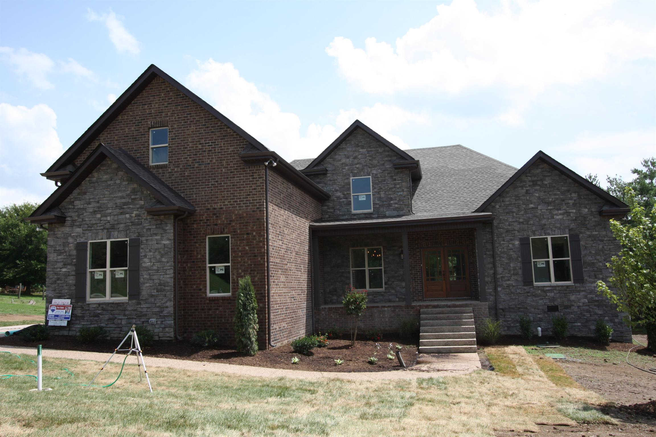Video Tour  - 2010 Eagle View Rd, Hendersonville, TN 37075