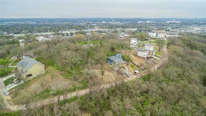 6128 Hill Circle Dr #13, Nashville, TN 37209 is now new to the market!
