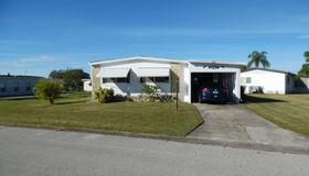 810 Oriole Circle, Barefoot Bay, FL 32976