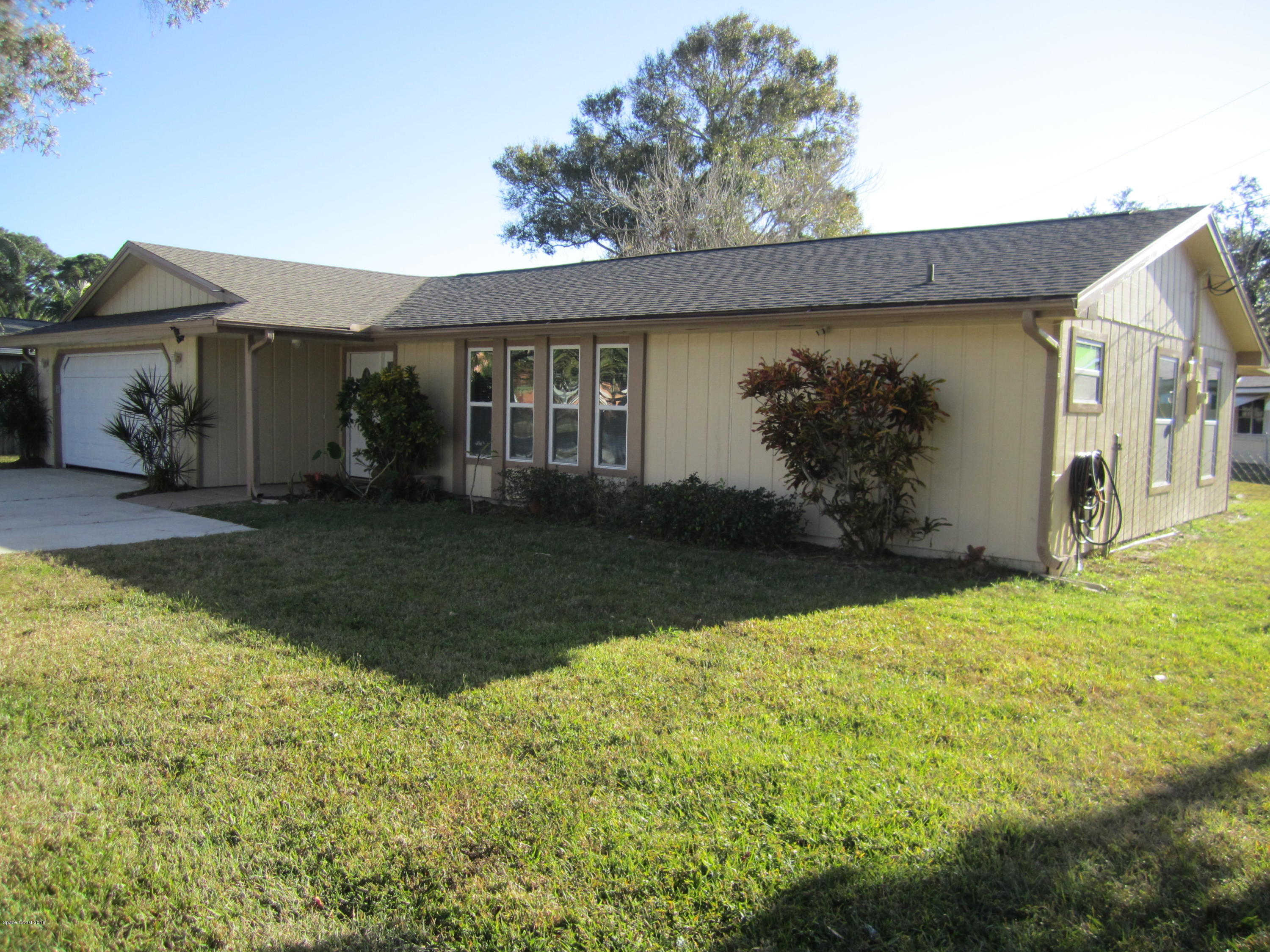 1285 S Tropical Trl, Merritt Island, FL 32952 now has a new price of $254,900!