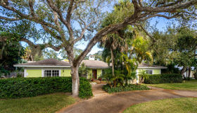 611 Date Palm Road, Vero Beach, FL 32963