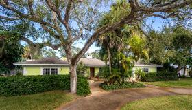 611 Date Palm Road, Vero Beach, FL 32963
