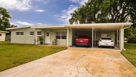 210 Willow Avenue, Merritt Island, FL 32953