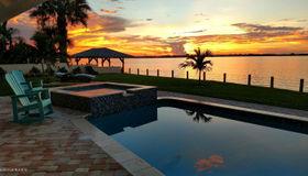 13 Willow Green Drive, Cocoa Beach, FL 32931