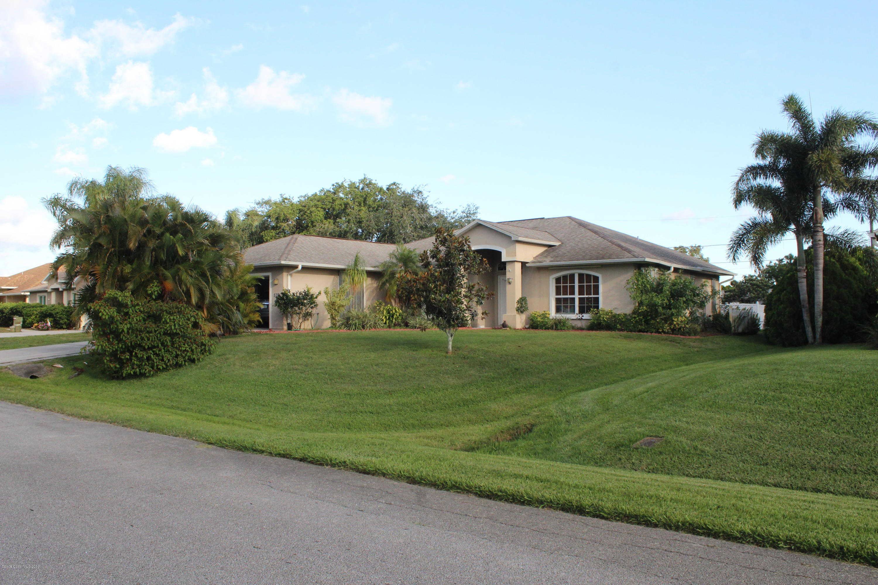 Another Property Sold - 533 Acacia Avenue, Sebastian, FL 32958