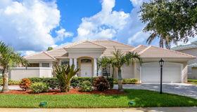 330 Newport Drive, Indialantic, FL 32903